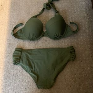 Aerie two piece bikini green 32dd medium bottoms